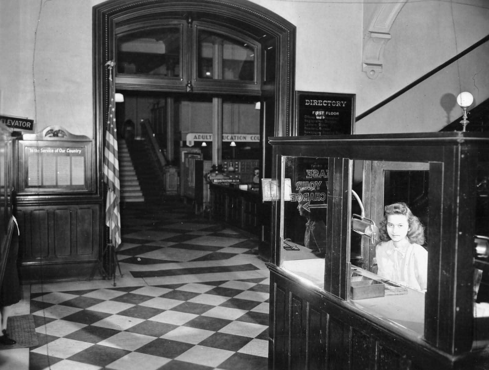 il Vecchia biblioteca di Cincinnati prima di essere demolita, 1874-1955'Ancien Cincinnati Bibliothèque avant d'être démoli, 1874-1955