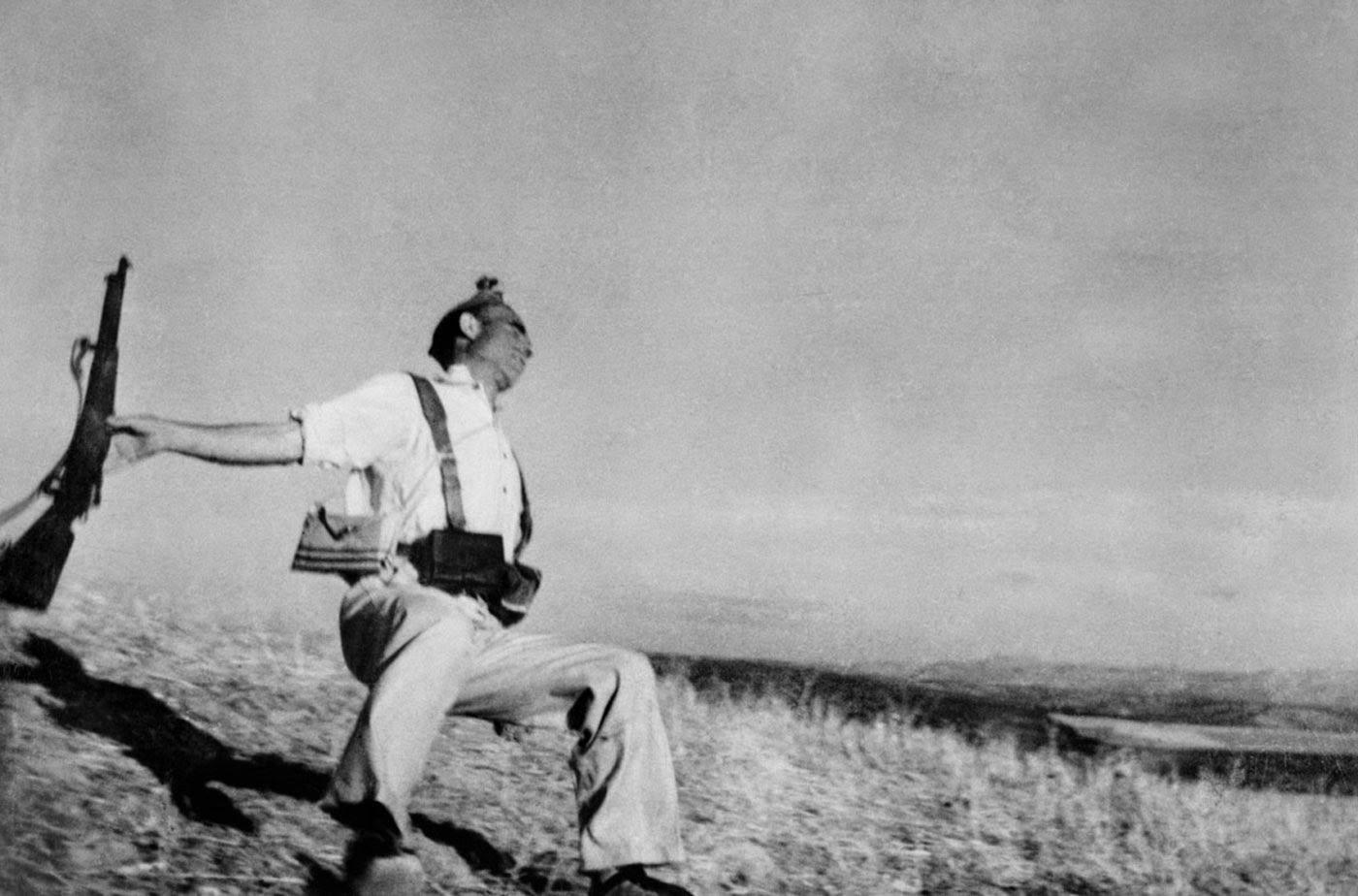 La Baisse Du Soldat, 1936