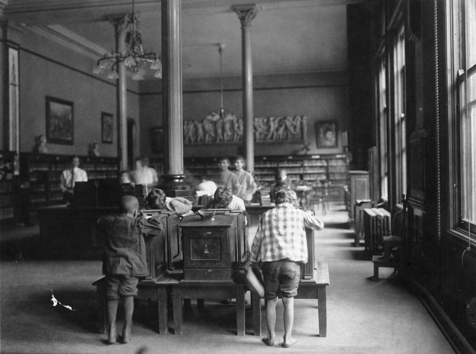 ex pegno cincinnati Liotèque prima di essere demolito, 1874-1955'Ancien Cincinnati Bibliothèque avant d'être démoli, 1874-1955