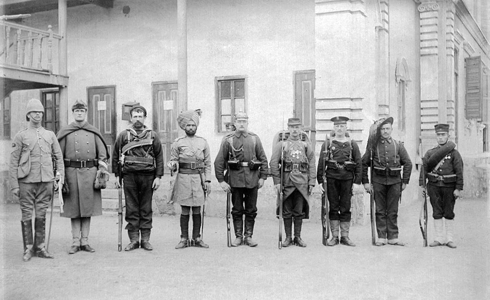Les troupes de Huit Nations de l'Alliance, 1900