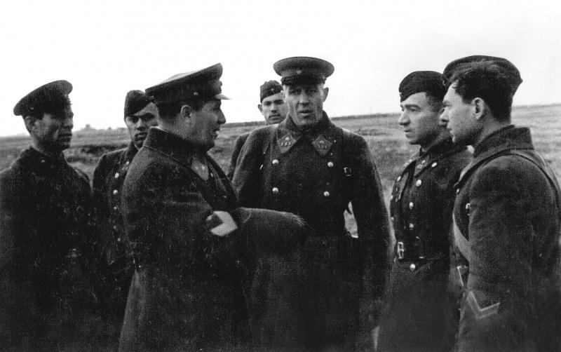 Le commandement de la ОМСДОНа sur des positions de Moscou