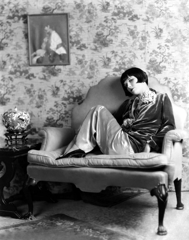 """""""Si Jamais je t'ennuyer, Ça va Être Avec un Couteau"""" Glorieuse des Photos de Louise Brooks"""