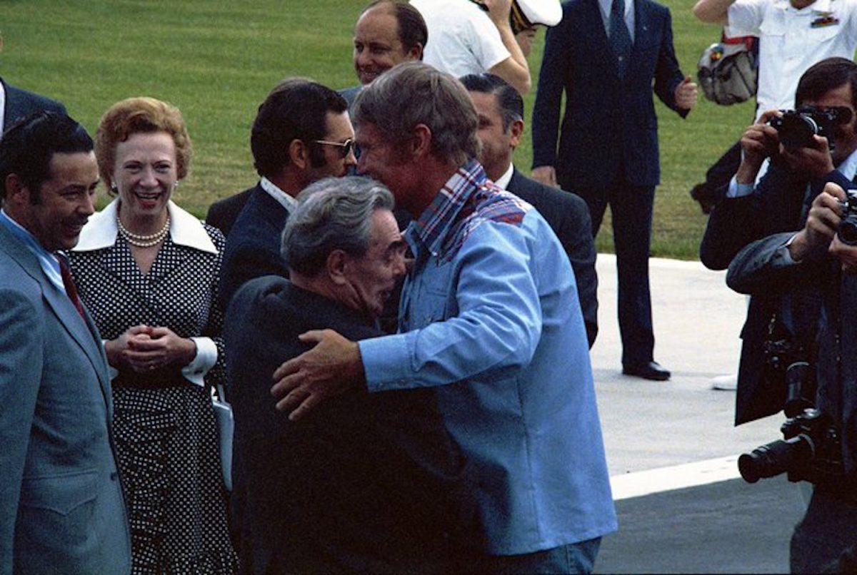 Comment L'Est A Été Gagné: Quand Leonid Brejnev Rencontré Chuck Connors