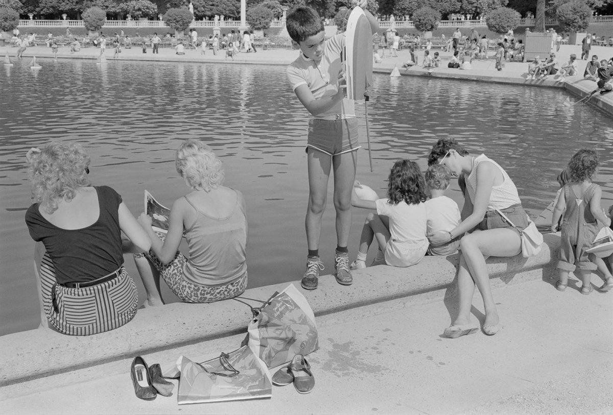 `` L'irritabilité des loisirs '': photographies des étés européens de 1979 à 1984