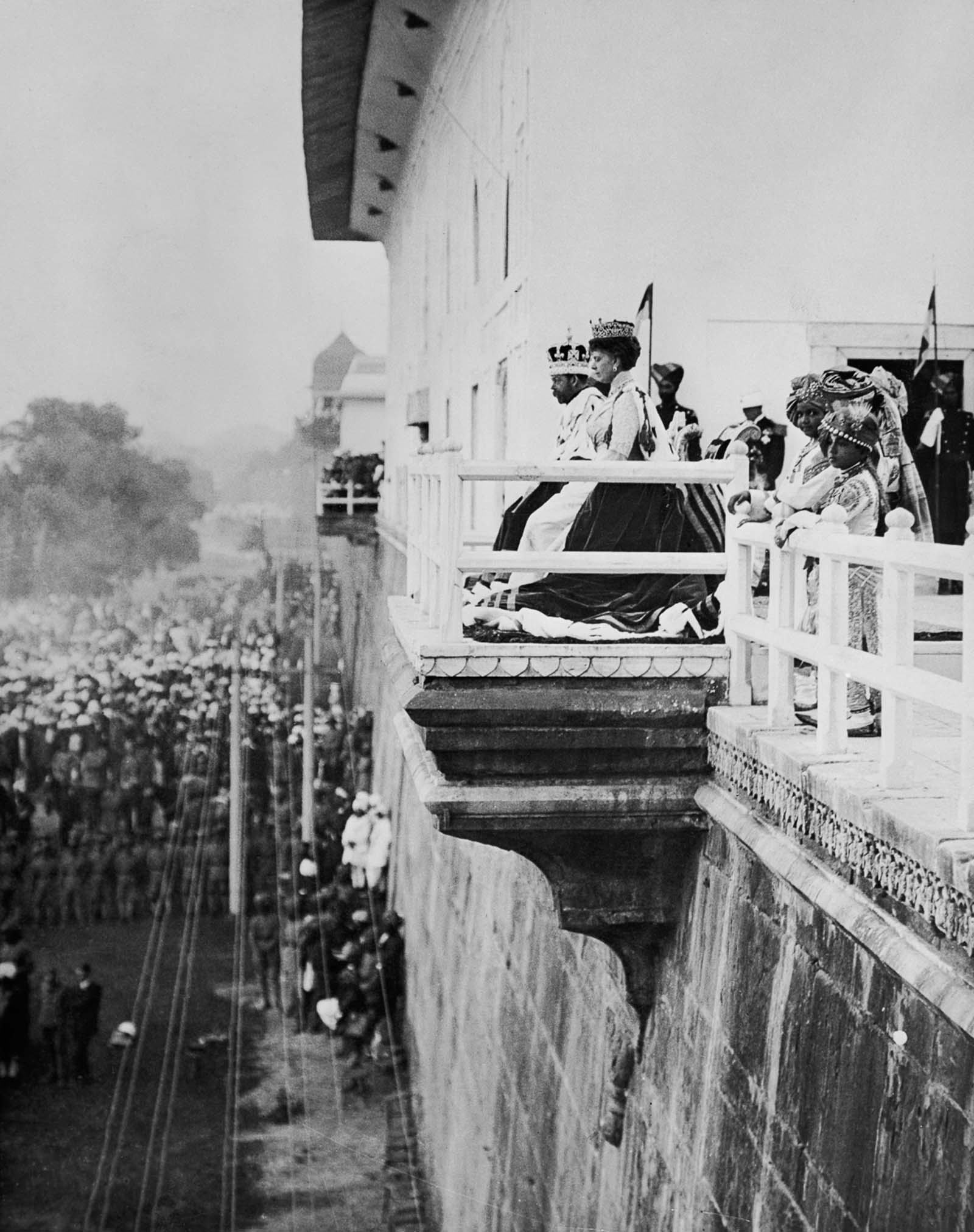 Lorsque la famille royale britannique est allée en Inde pour le couronnement et une expédition de chasse, 1911