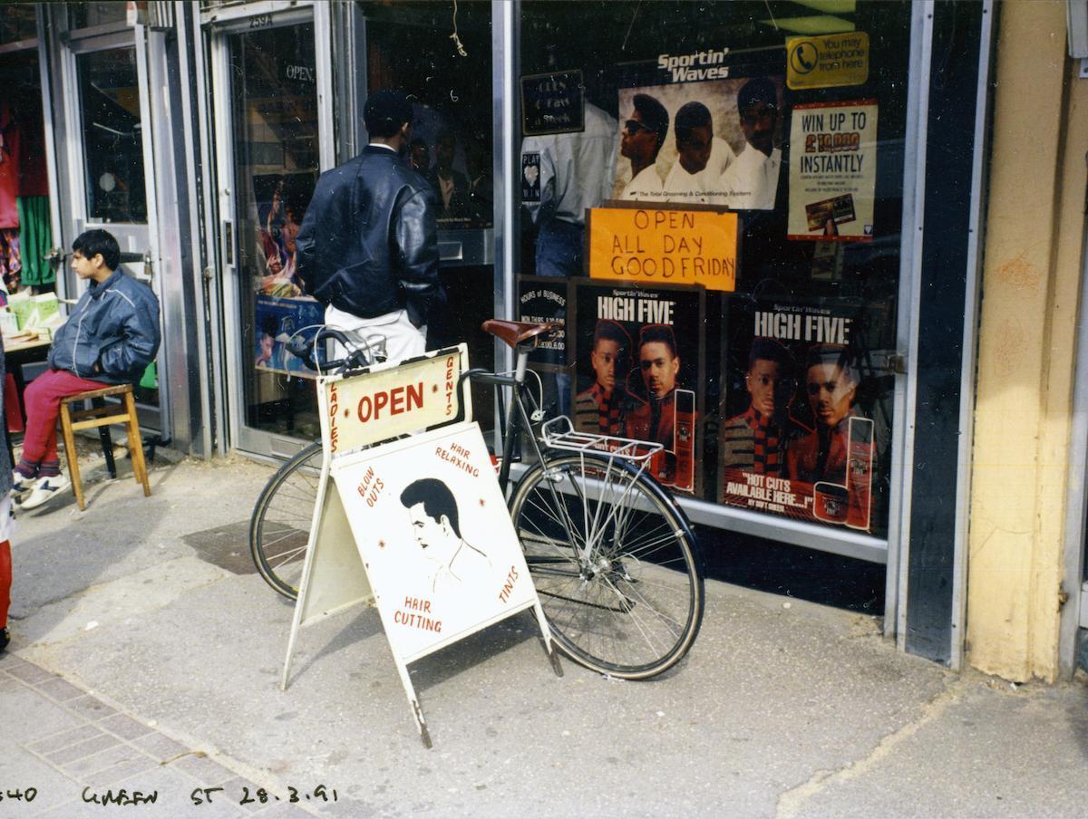 Coiffeurs de l'Est de Londres à la fin des années 80 et au début des années 90