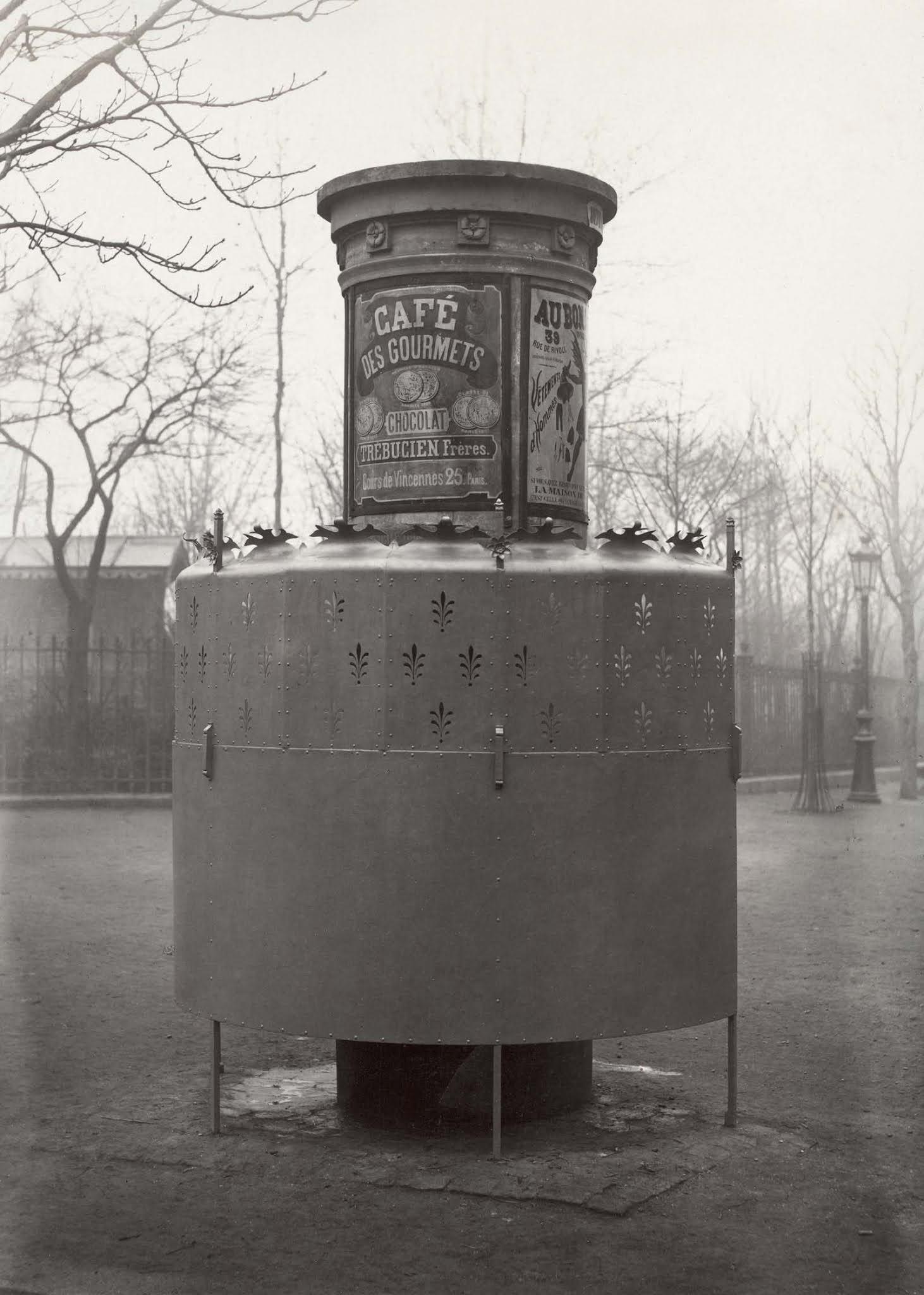 Pissoirs : Les urinoirs publics d'époque de Paris, 1865-1875